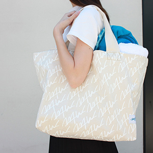 HOUSE PROJECT TOTE
